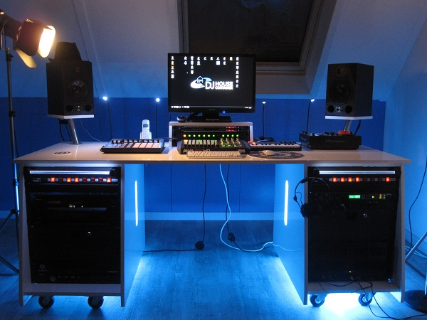 Studio Meubel Project Finished Producers Studio